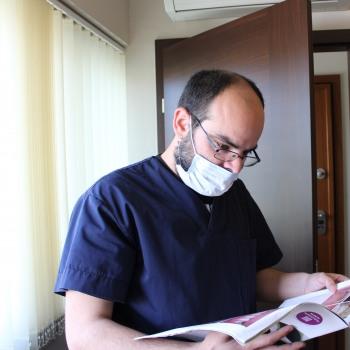 Dr Ιωάννης Βαλαής DDS